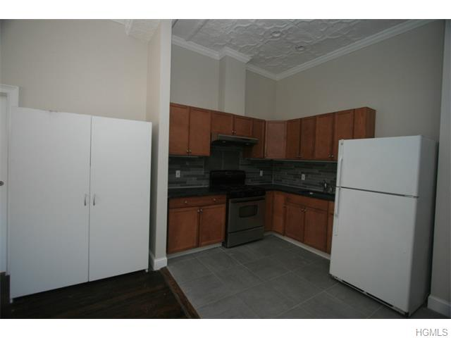 Rental Homes for Rent, ListingId:33836431, location: 44 North Main Street Pt Chester 10573