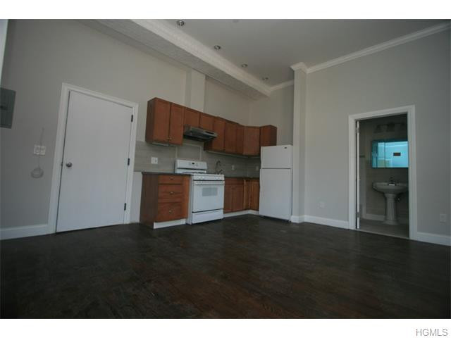Rental Homes for Rent, ListingId:33836405, location: 44 North Main Street Pt Chester 10573
