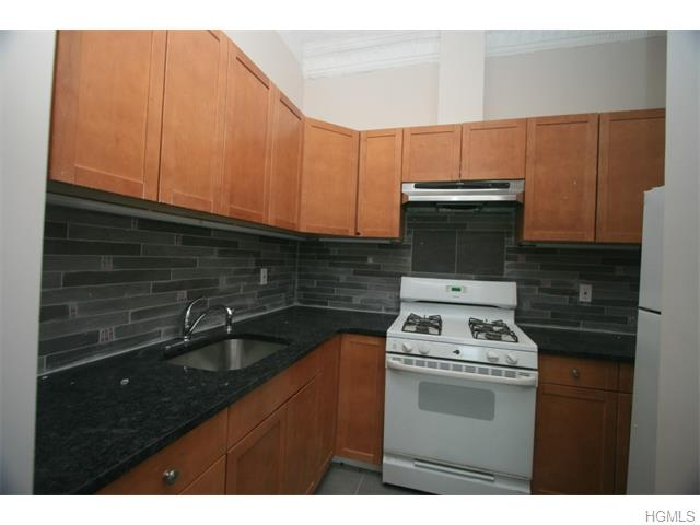 Rental Homes for Rent, ListingId:33836401, location: 44 North Main Street Pt Chester 10573
