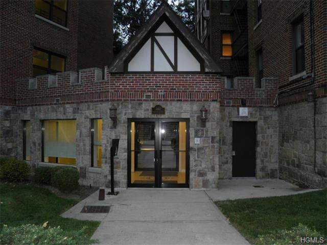 Rental Homes for Rent, ListingId:33909308, location: 1467 Midland Avenue Yonkers 10708