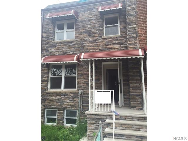 3243 Corsa Ave, New York, NY 10469