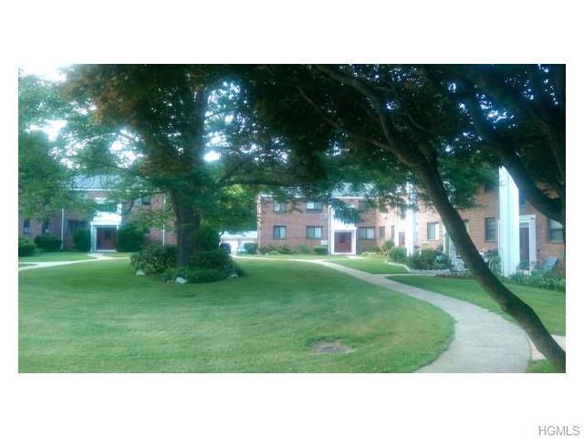Rental Homes for Rent, ListingId:34322857, location: 16 Lawrence Drive White Plains 10603