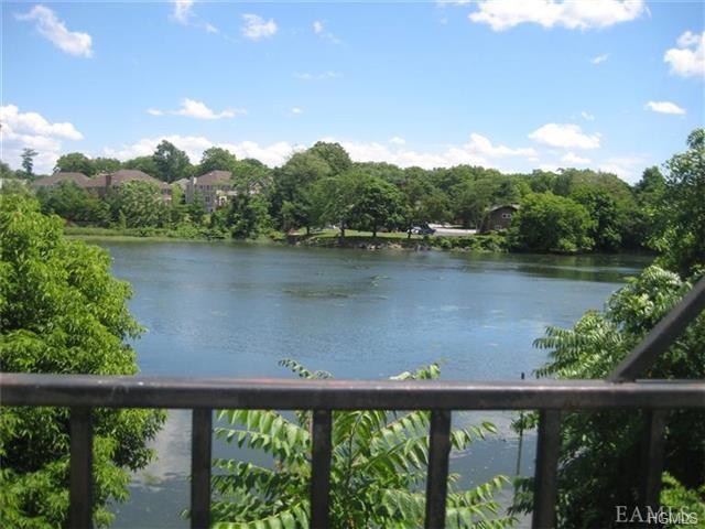 Rental Homes for Rent, ListingId:34393361, location: 248 Pelham Road New Rochelle 10805