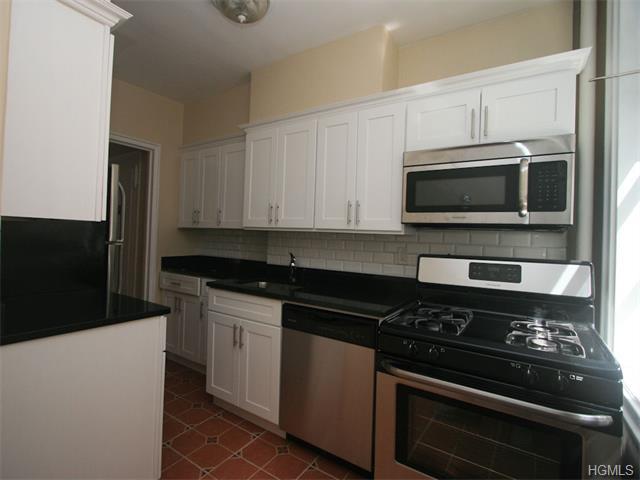 Rental Homes for Rent, ListingId:34534983, location: 122D Larchmont Acres West Larchmont 10538