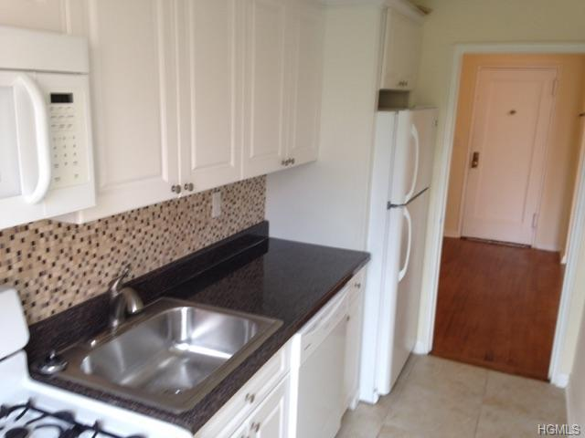 Rental Homes for Rent, ListingId:34587848, location: 65 Old Mamaroneck Road White Plains 10605