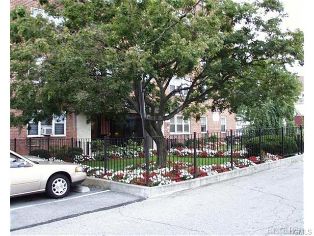Rental Homes for Rent, ListingId:34587837, location: 52 Yonkers Terrace Yonkers 10704