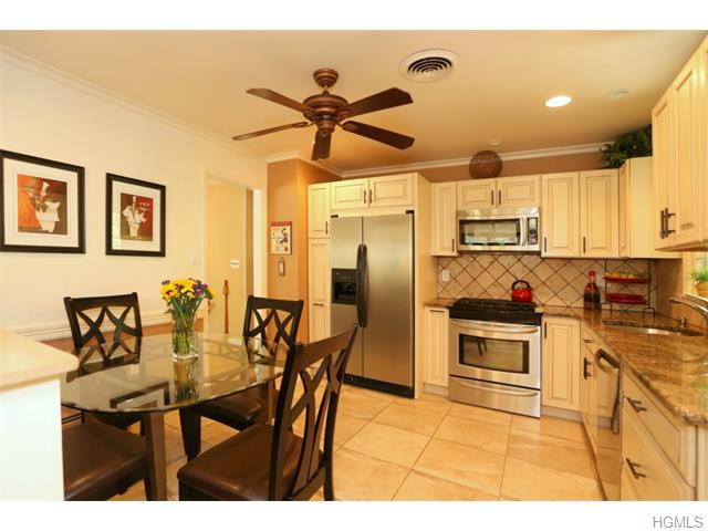 Real Estate for Sale, ListingId: 35118585, Valley Cottage,NY10989