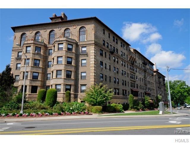 Rental Homes for Rent, ListingId:35118666, location: 14 Chatsworth Avenue Larchmont 10538
