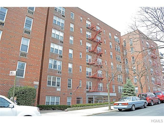 Rental Homes for Rent, ListingId:35080951, location: 3311 Giles Place Bronx 10463