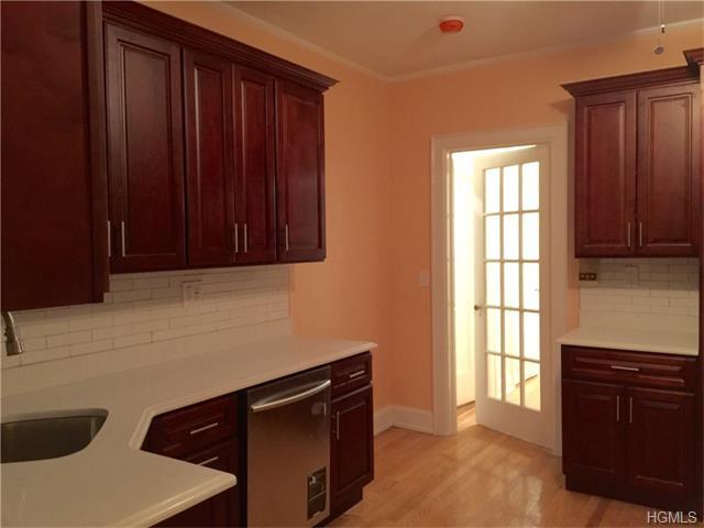 Rental Homes for Rent, ListingId:35190295, location: 26 Coligni Avenue New Rochelle 10801