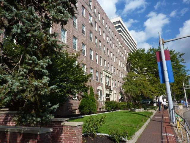 Rental Homes for Rent, ListingId:35312900, location: 1 S. Broadway White Plains 10601