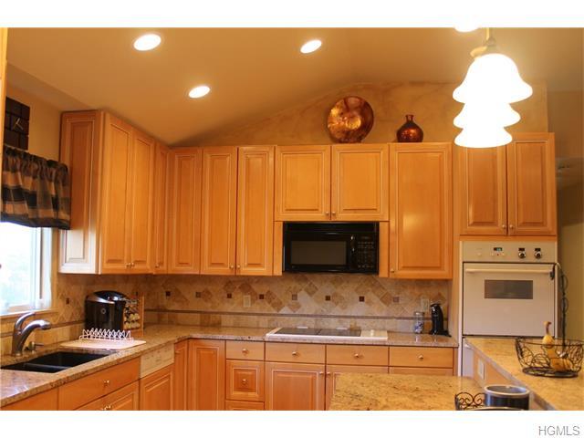 Rental Homes for Rent, ListingId:35400251, location: 370 Westlake Drive Valhalla 10595
