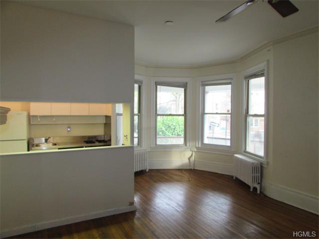Rental Homes for Rent, ListingId:35428376, location: 66 North BROADWAY (APT 1) Nyack 10960