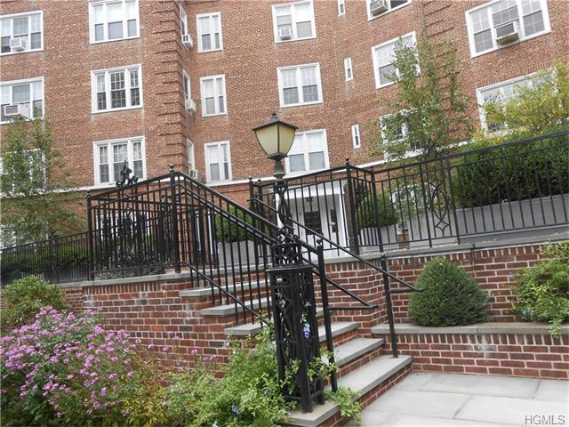 Rental Homes for Rent, ListingId:35570459, location: 6 Midland Gardens Bronxville 10708