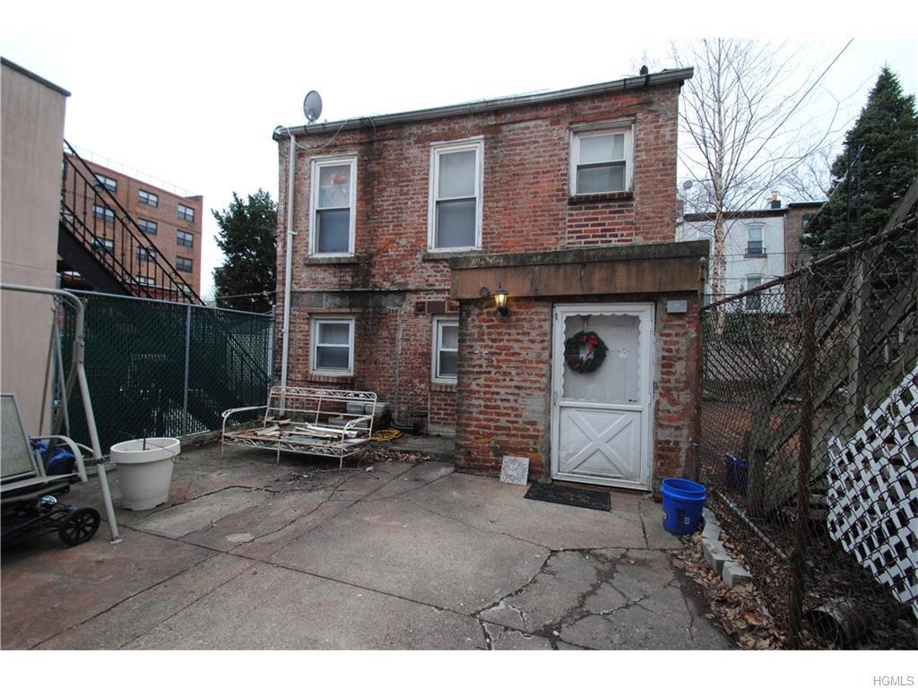 334 Carroll St, Brooklyn, NY 11231