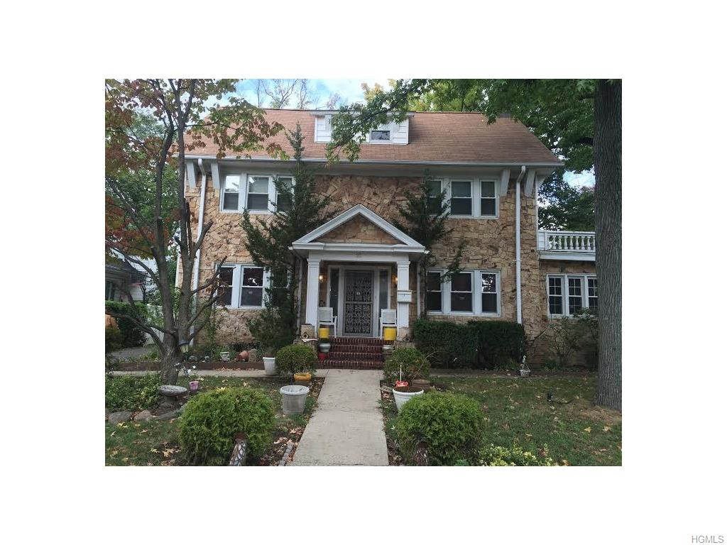 33 Muir Pl, New Rochelle, NY 10801