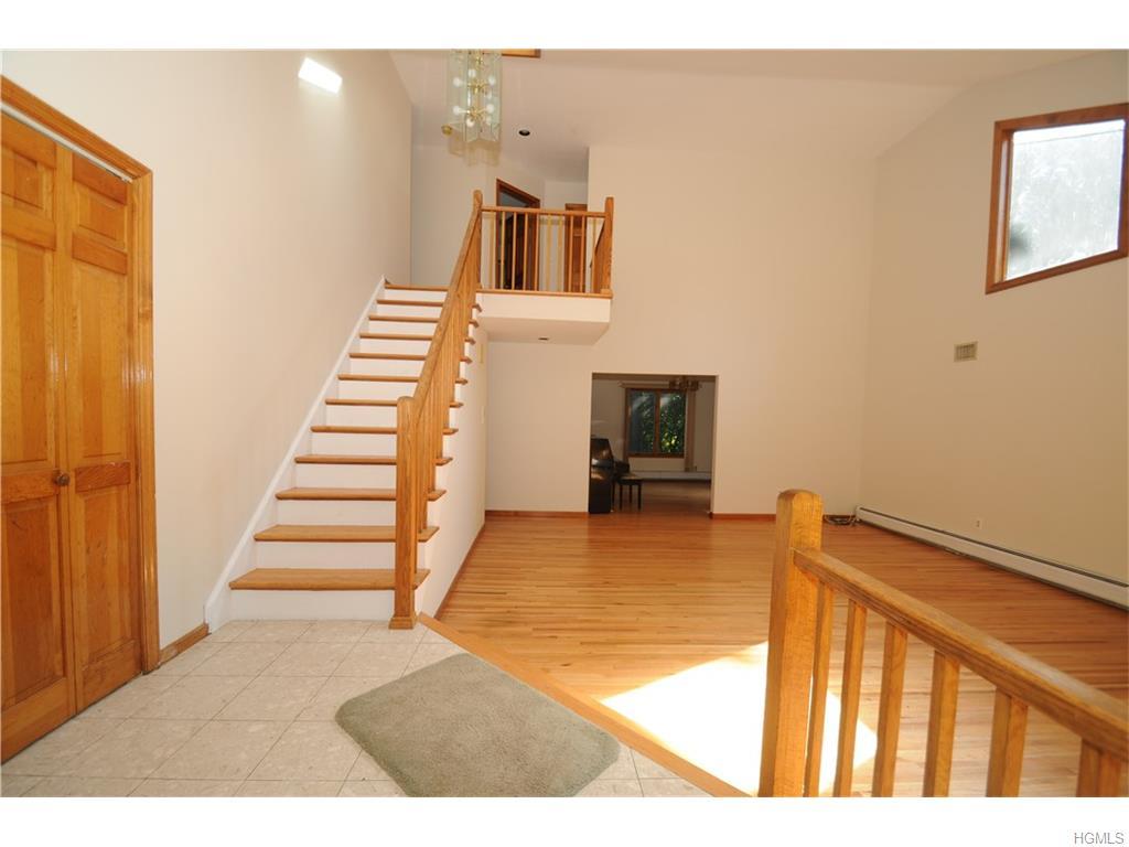 Real Estate for Sale, ListingId: 35747129, Nanuet,NY10954