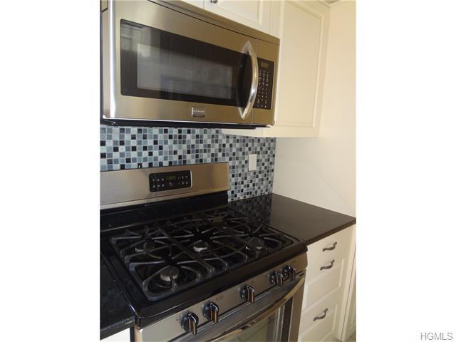 Rental Homes for Rent, ListingId:36007040, location: 23 Old Mamaroneck Road White Plains 10605