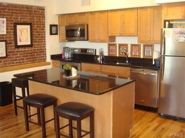Rental Homes for Rent, ListingId:35726466, location: 122 Main Street Nyack 10960