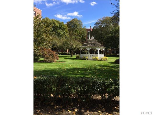 Rental Homes for Rent, ListingId:35825385, location: 210 Pelham Road New Rochelle 10805