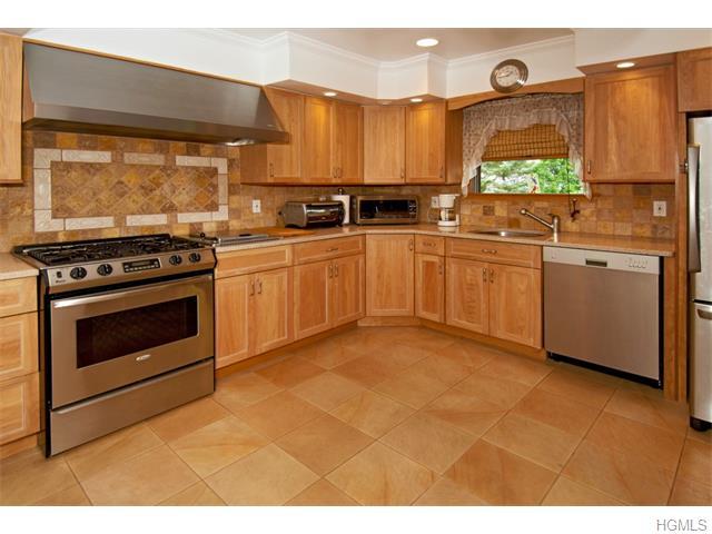Real Estate for Sale, ListingId: 35825361, Pt Chester,NY10573