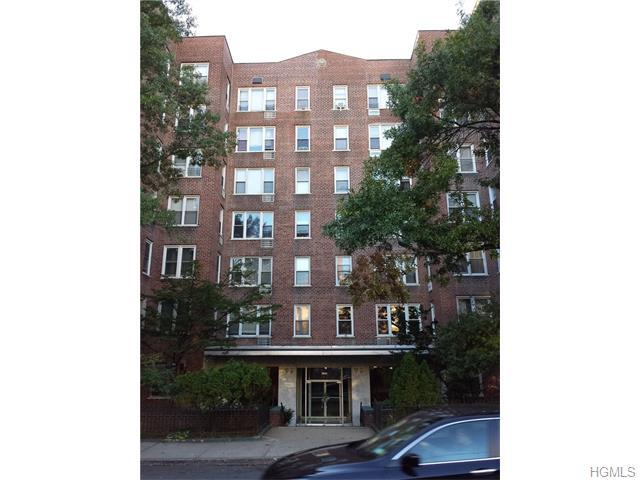 Rental Homes for Rent, ListingId:35895858, location: 2385 Barker Avenue Bronx 10467