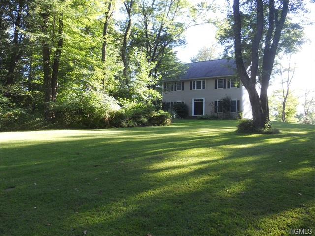 30 Anderson Rd, Pawling, NY 12564
