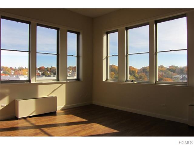 Rental Homes for Rent, ListingId:36054074, location: 1 Landmark Square Pt Chester 10573