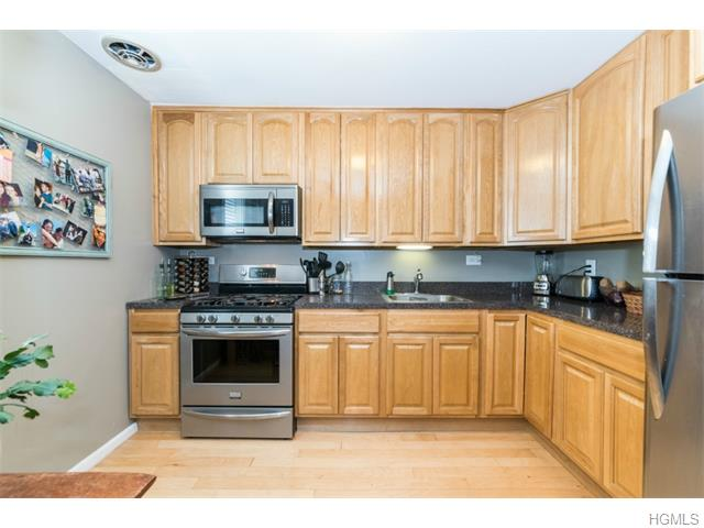 Rental Homes for Rent, ListingId:36058768, location: 9 Wyndover Woods Lane White Plains 10603