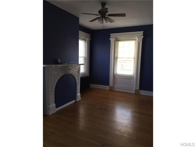 Rental Homes for Rent, ListingId:36090892, location: 16 Washington Street Nyack 10960