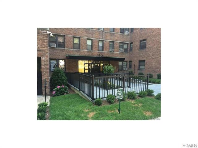 Rental Homes for Rent, ListingId:36275704, location: 140 East Hartsdale Avenue Hartsdale 10530
