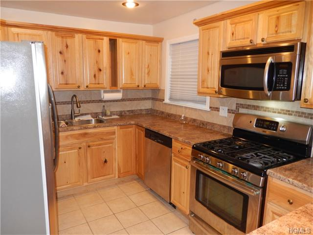 Rental Homes for Rent, ListingId:36224635, location: 20 Spring Brook Road Nanuet 10954
