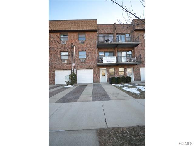 Rental Homes for Rent, ListingId:36304688, location: 2664 miles Avenue Bronx 10465