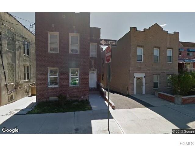 1308 Oakley St, Bronx, NY 10469