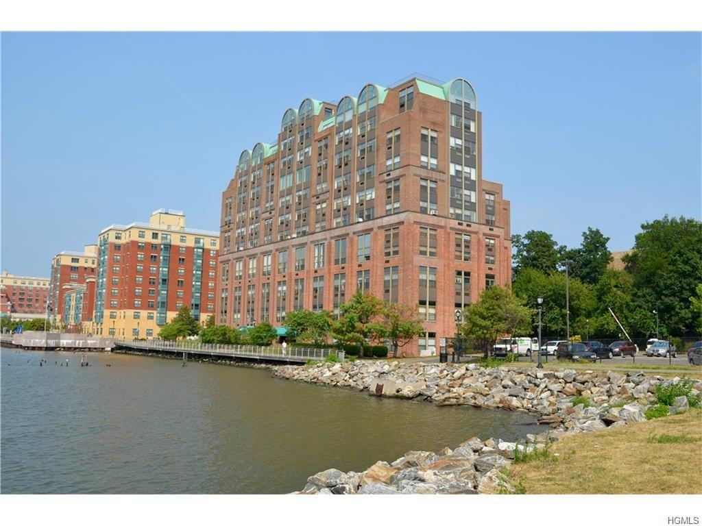 Rental Homes for Rent, ListingId:36386617, location: 23 Water Grant Street Yonkers 10701