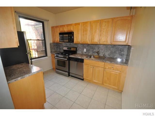 Rental Homes for Rent, ListingId:36418355, location: 673 Locust Street Mt Vernon 10552