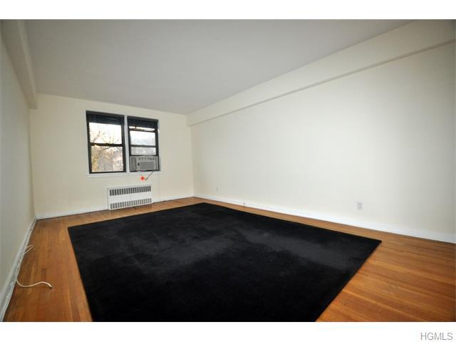 Rental Homes for Rent, ListingId:36431546, location: 142 Garth Road Scarsdale 10583