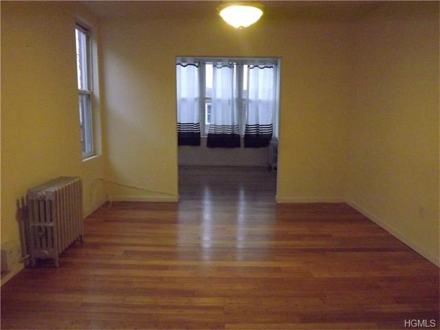 Rental Homes for Rent, ListingId:36910157, location: 960 East 223 Street Bronx 10466