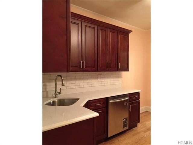 Rental Homes for Rent, ListingId:36958775, location: 26 Coligni Avenue New Rochelle 10801