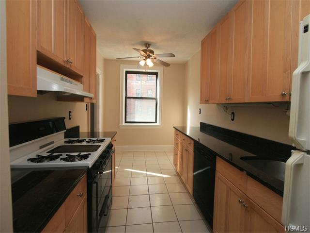 Rental Homes for Rent, ListingId:37123832, location: 30 Windsor Terrace White Plains 10601