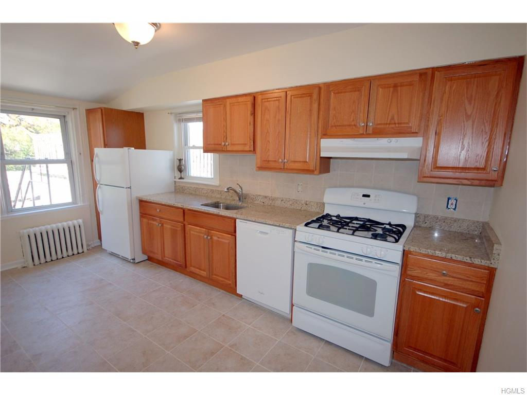 Rental Homes for Rent, ListingId:37203159, location: 96 Chatsworth Avenue Larchmont 10538