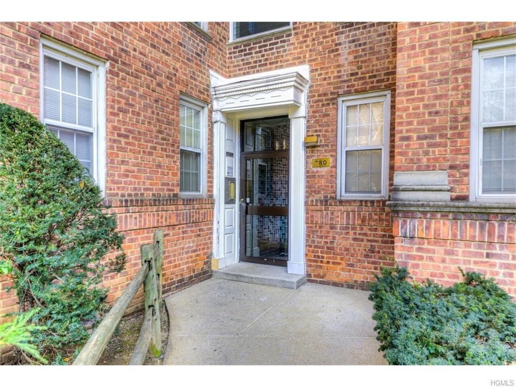 Rental Homes for Rent, ListingId:37272338, location: 780 Bronx River Road Bronxville 10708