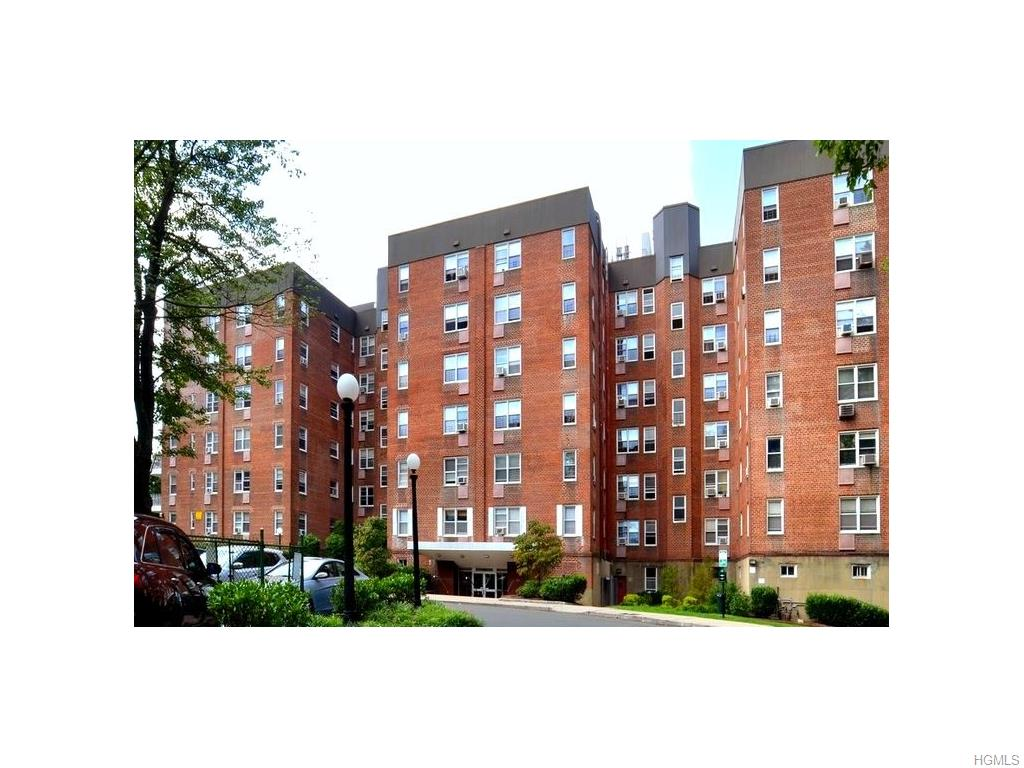 Rental Homes for Rent, ListingId:37283242, location: 120 Pelham Road New Rochelle 10805