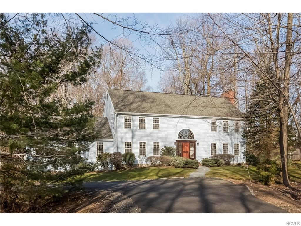 55 Country Club Rd, Ridgefield, CT 06877