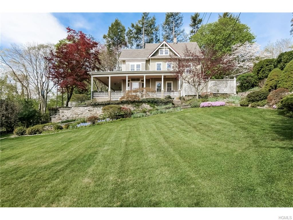 Photo of 35   Hillside Avenue  Mount Kisco  NY