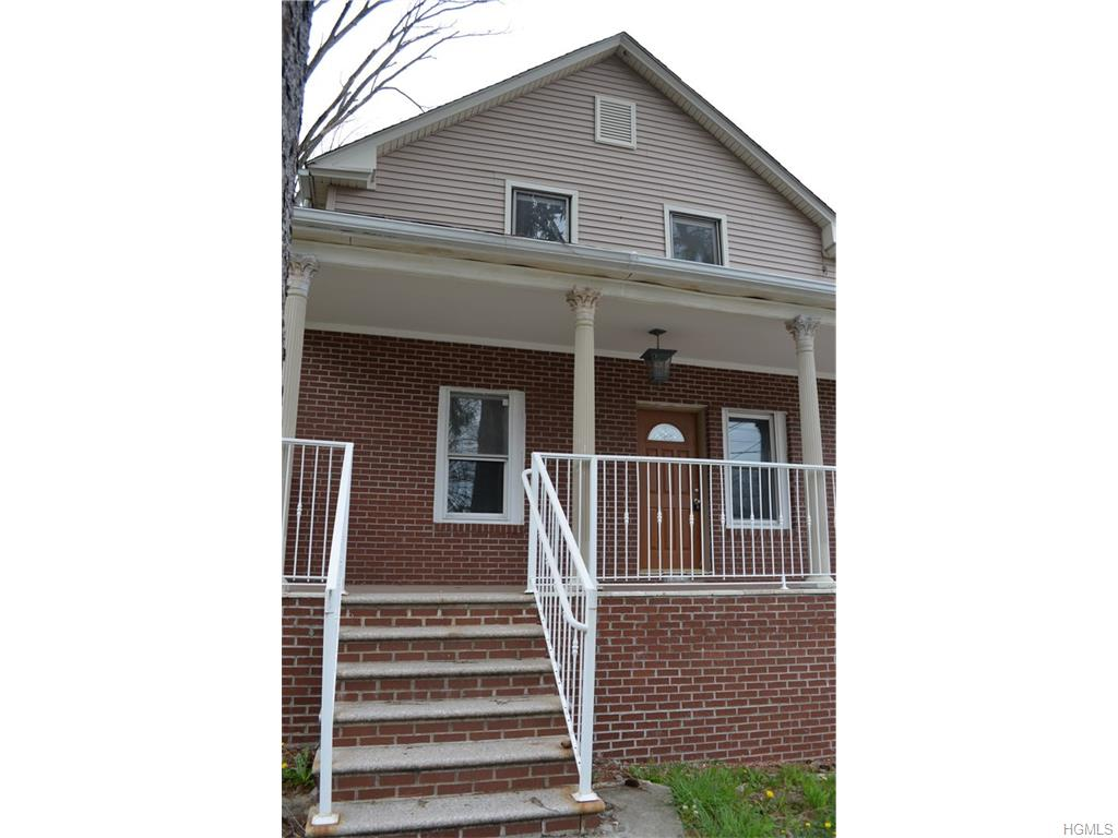 34 Wooster Ave, Waterbury, CT 06708