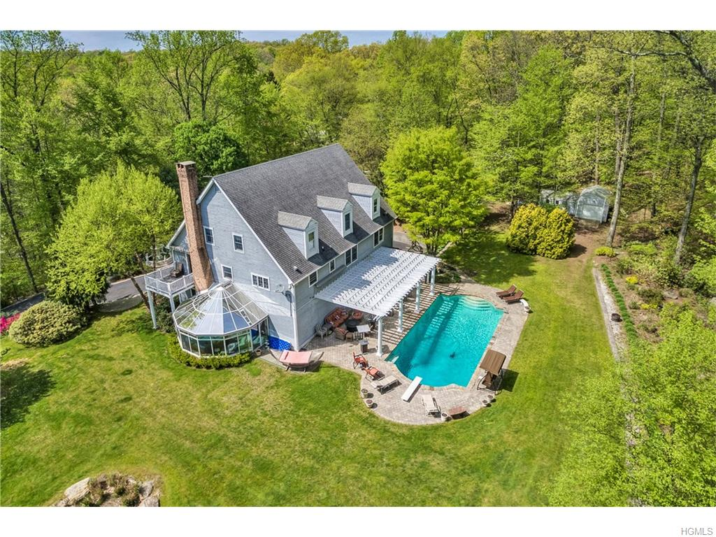 Photo of 28   Green Valley Road  Armonk  NY
