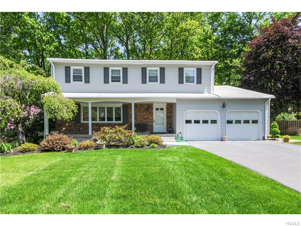 934 Flint Ct, Valley Cottage, NY 10989