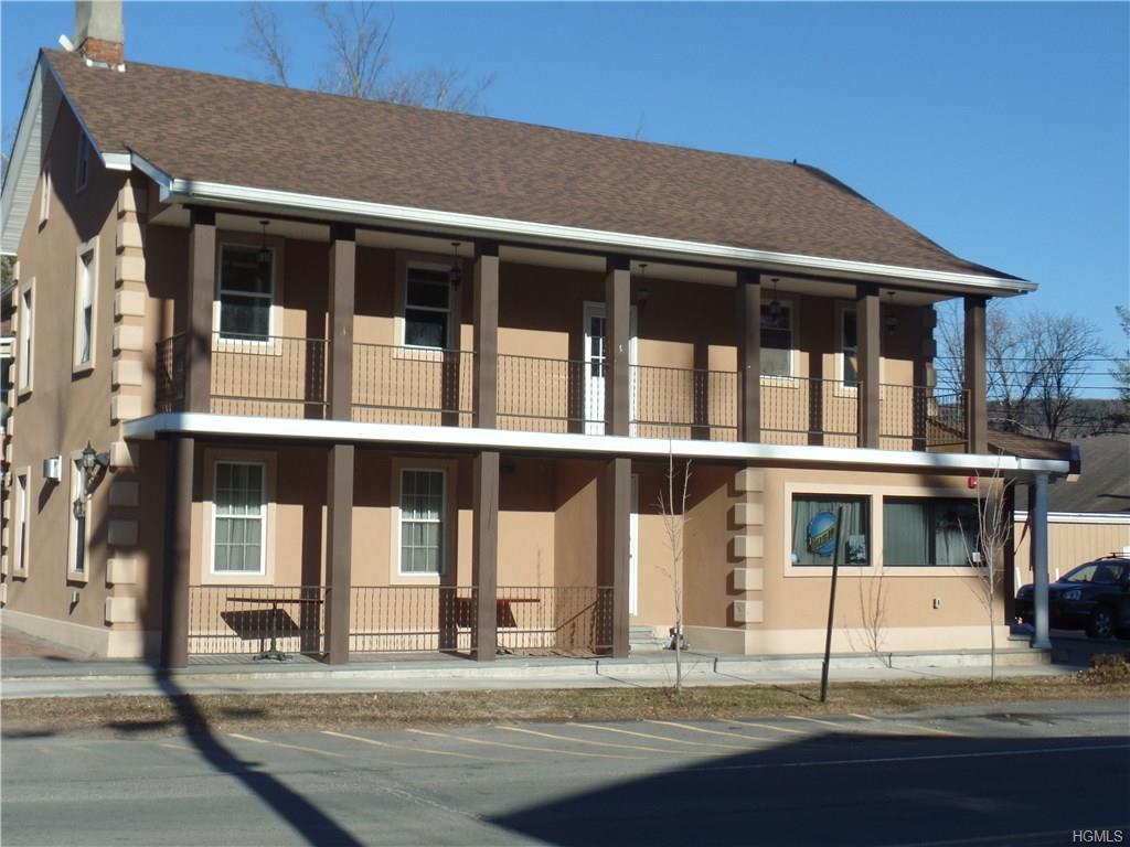 90 Sullivan St, Wurtsboro, NY 12790