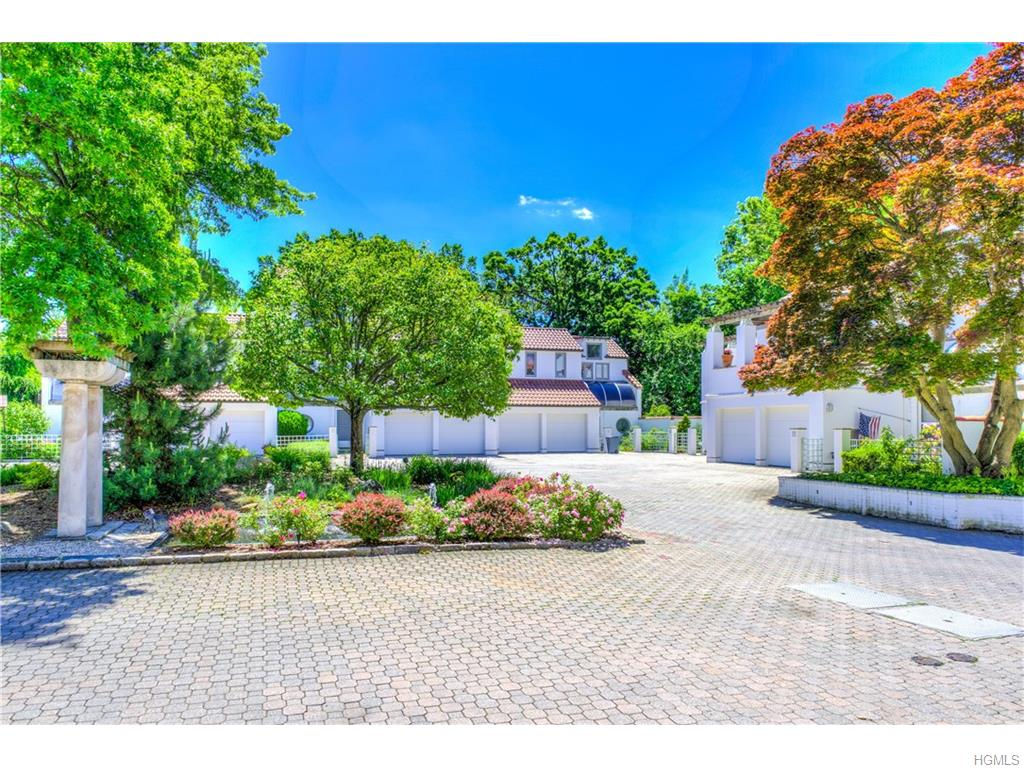 Photo of 11   Kassel Court  Mamaroneck  NY